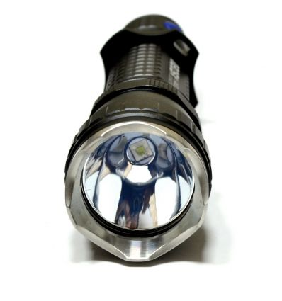 Olight M20SX - lanterna led tactica